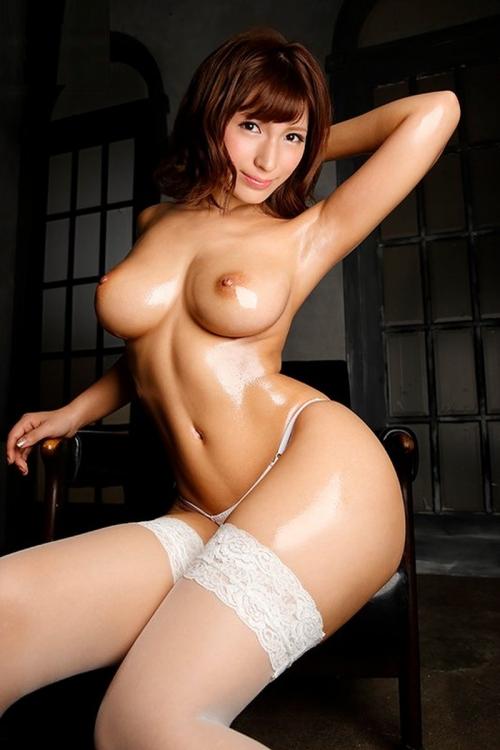 AV女優 エロい乳首のおっぱい エロ画像 49