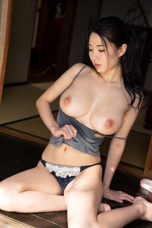 AV女優 エロい乳首のおっぱい エロ画像 89