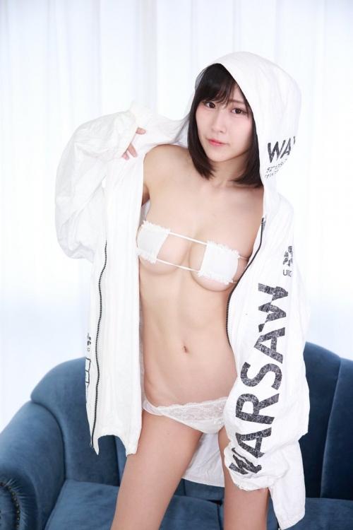 白のセクシーランジェリー 05