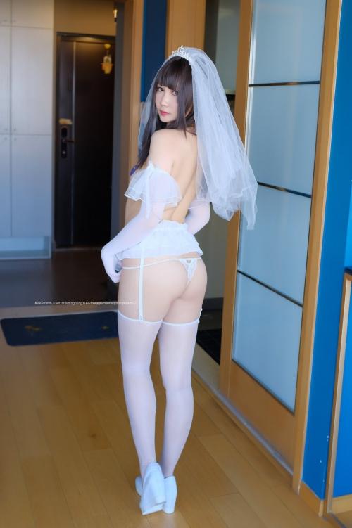白のセクシーランジェリー 86