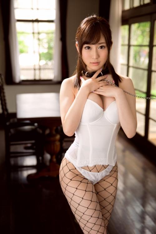 白のセクシーランジェリー 93