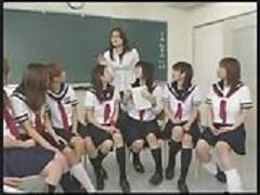 女学生達に主導権を握るHの授業をする学校