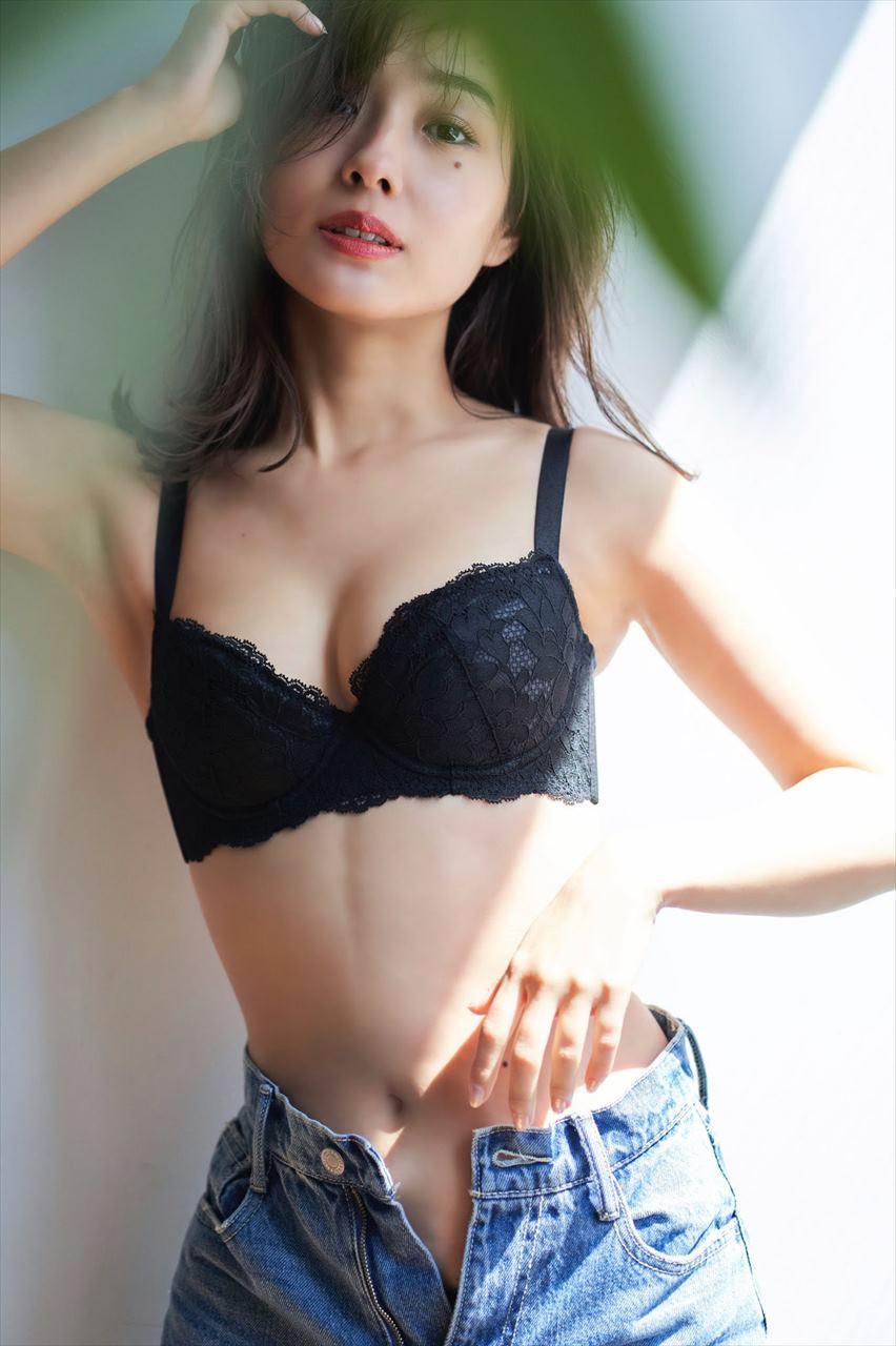 前田希美49