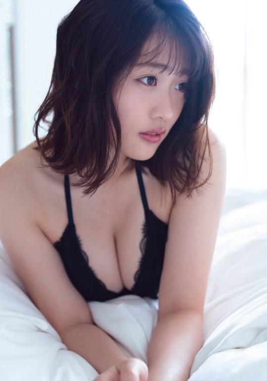 石田桃香132