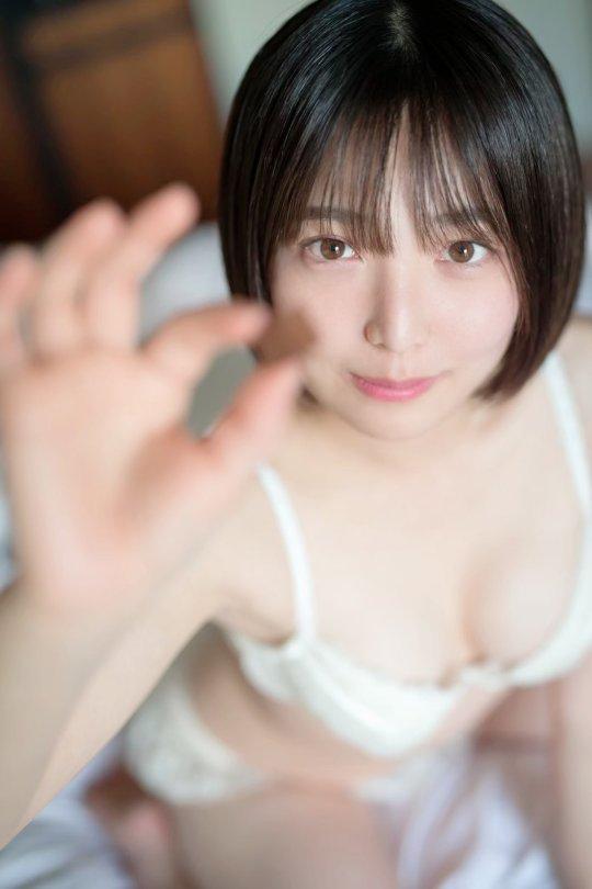 佐咲日菜35