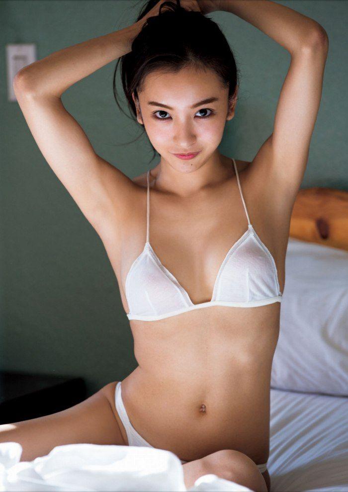 板野友美_025