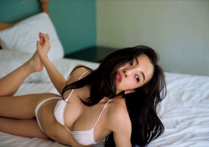 板野友美_032