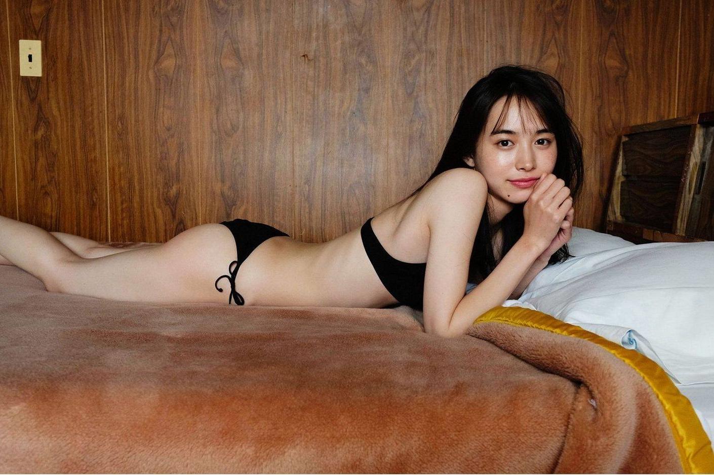 井桁弘恵68