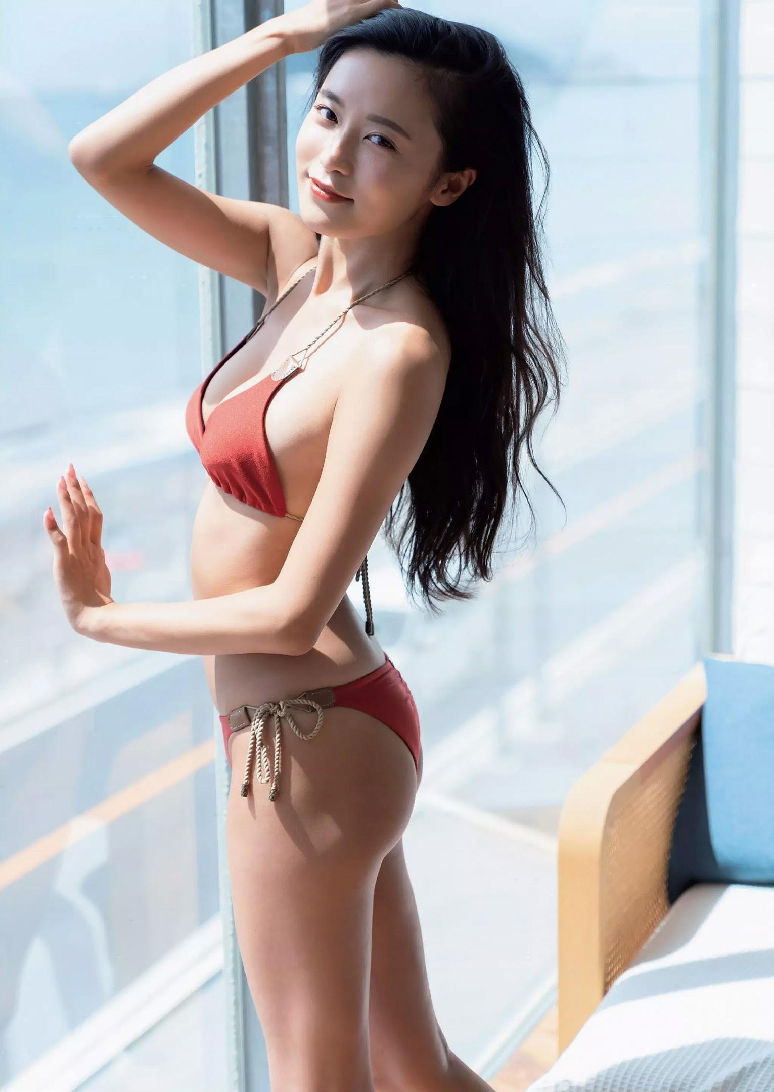 小島瑠璃子128