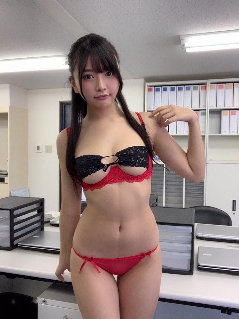 橋本ひかり33