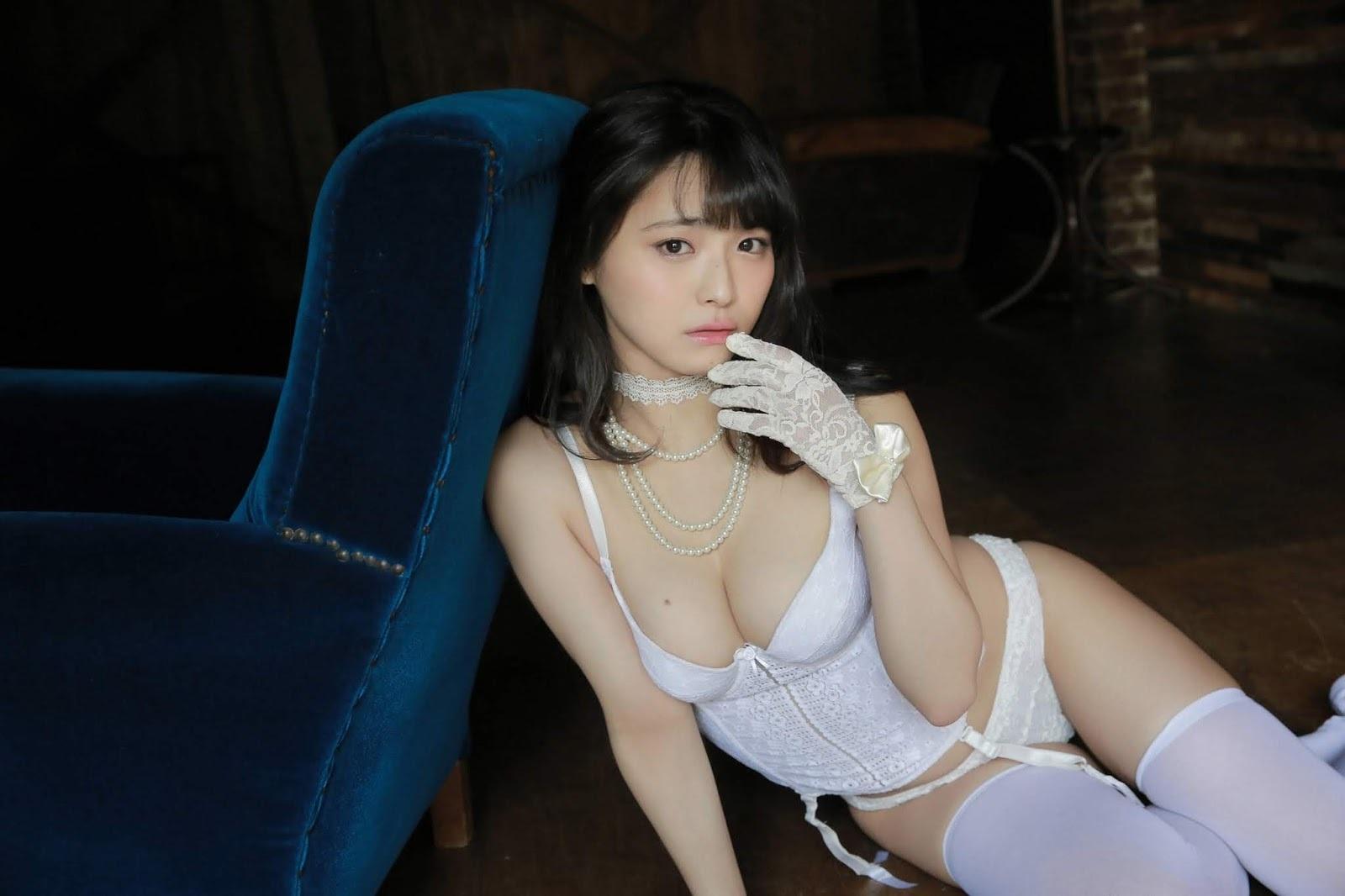 片岡沙耶42