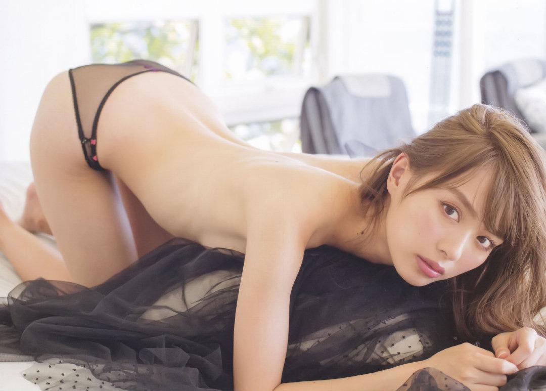 内田理央20