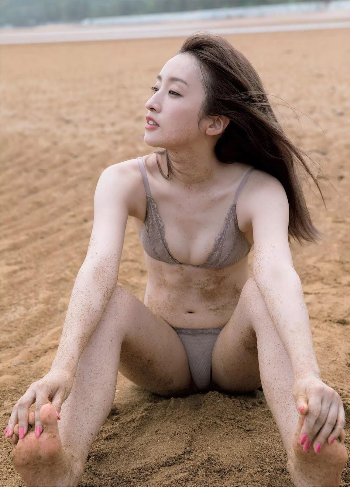 梅田彩佳12