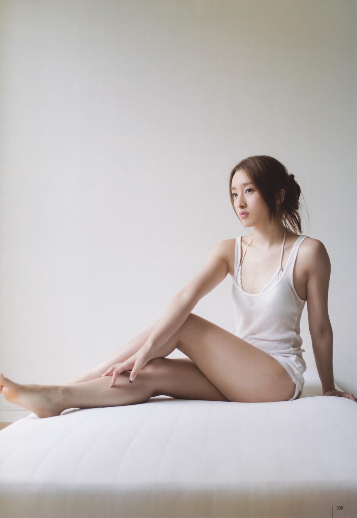 梅田彩佳25