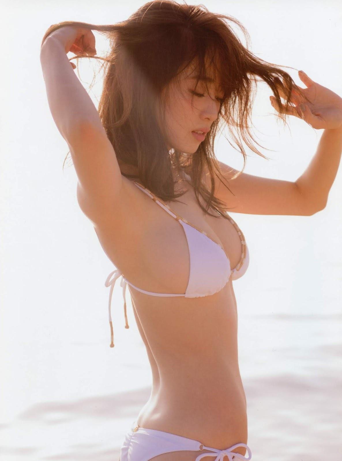 泉里香71