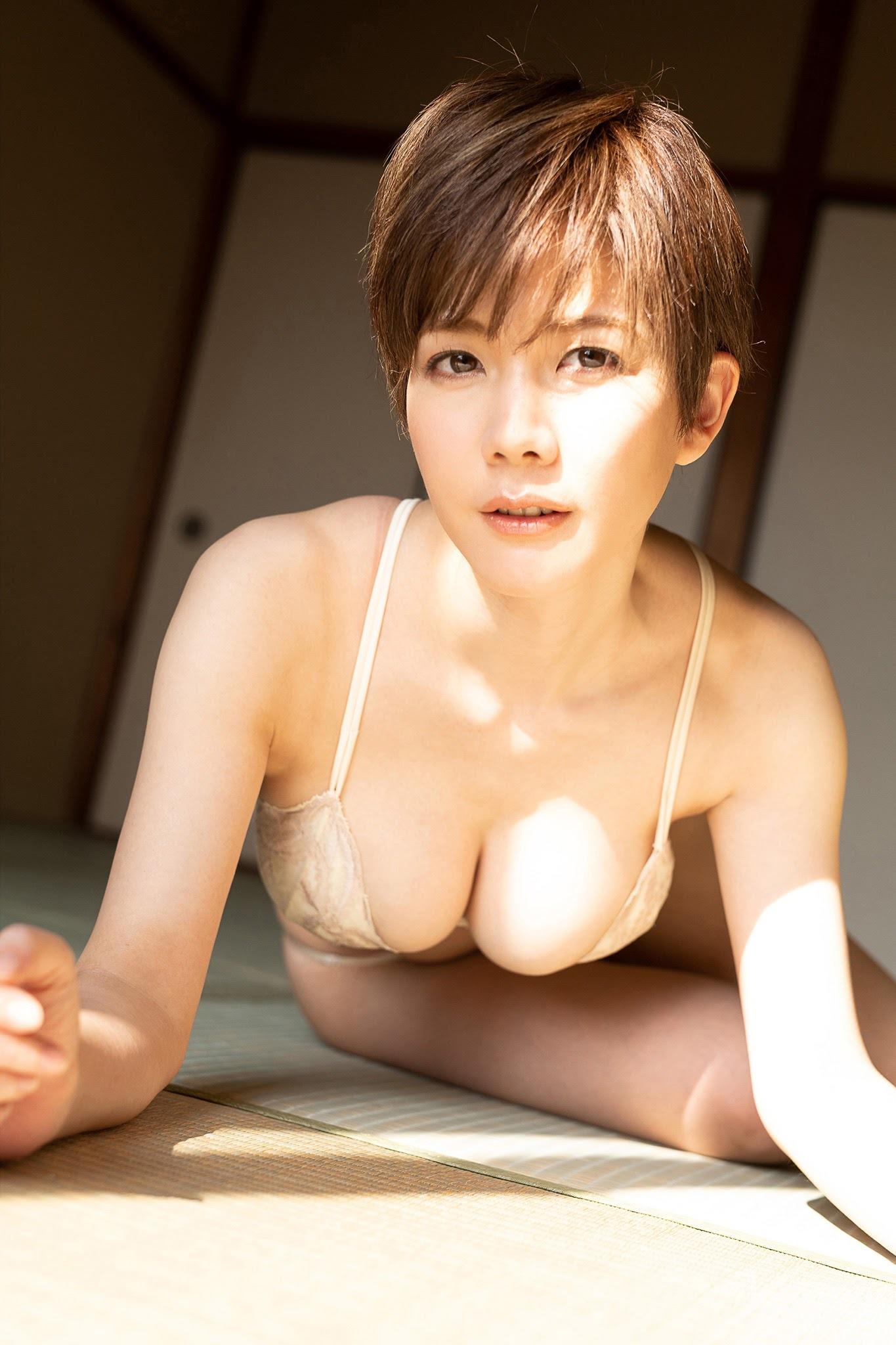 岡田紗佳 × 高宮まり19