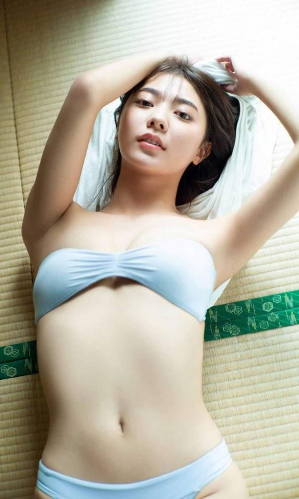 川津明日香244