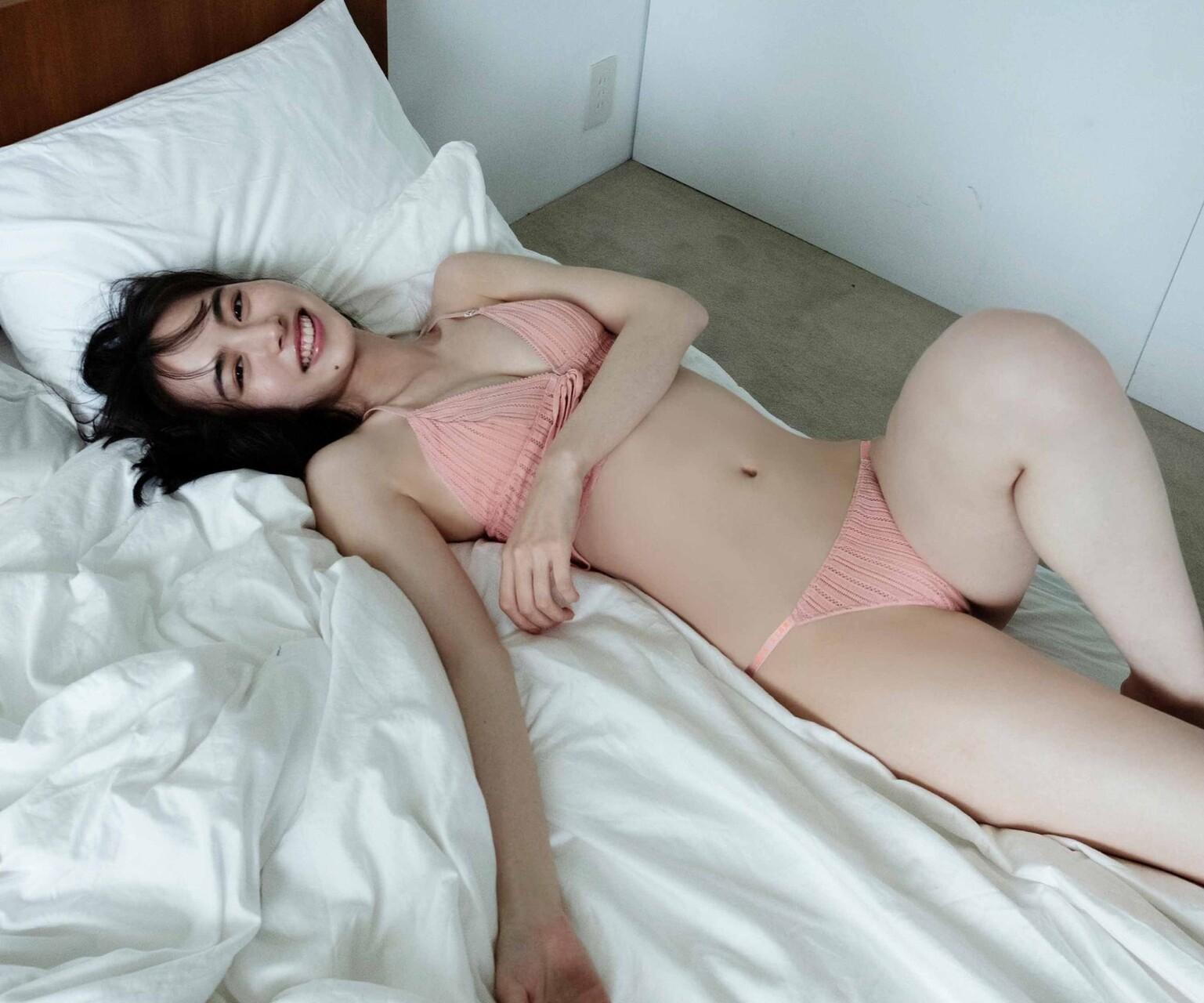 井桁弘恵185