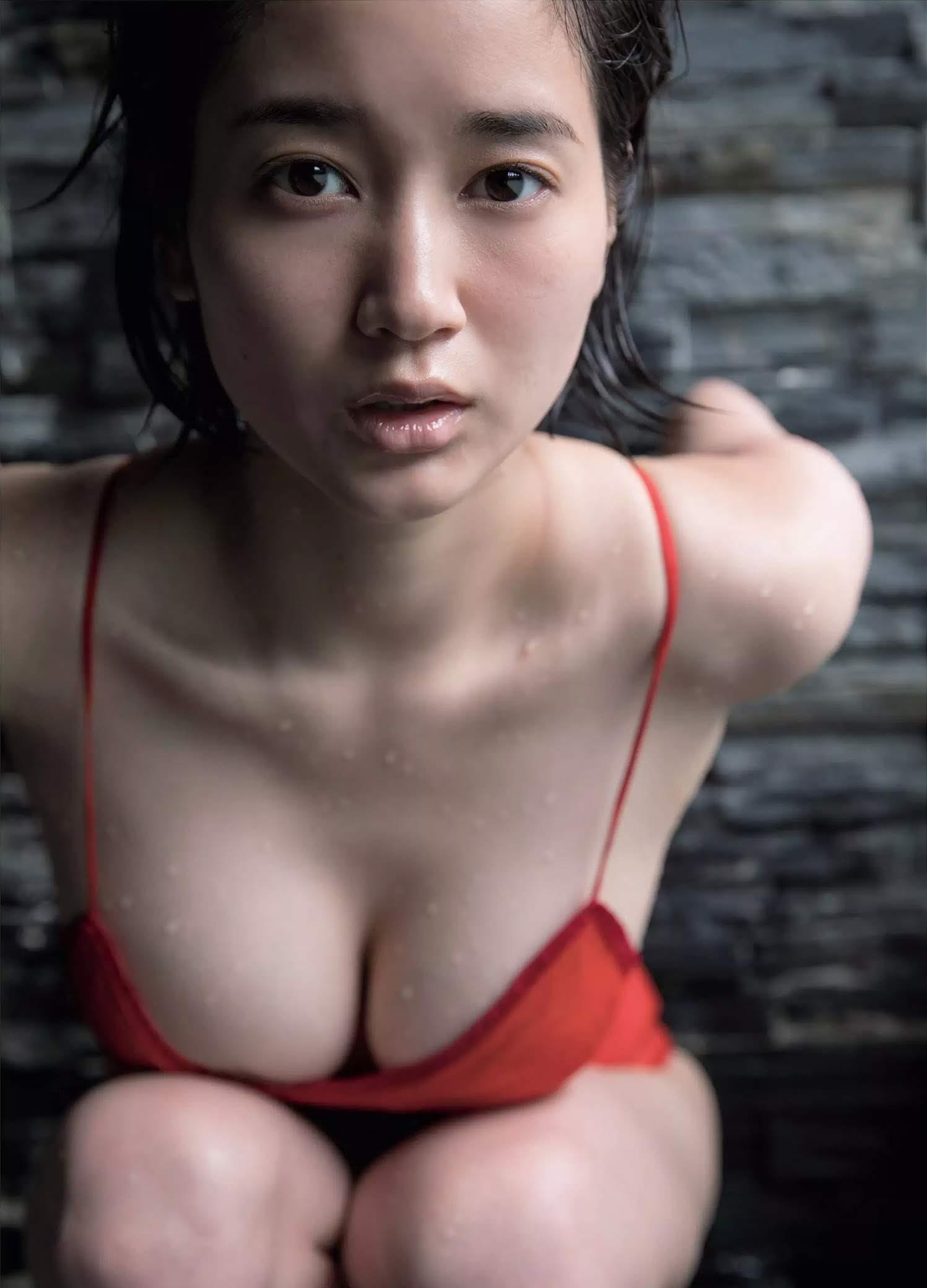 出口亜梨沙66