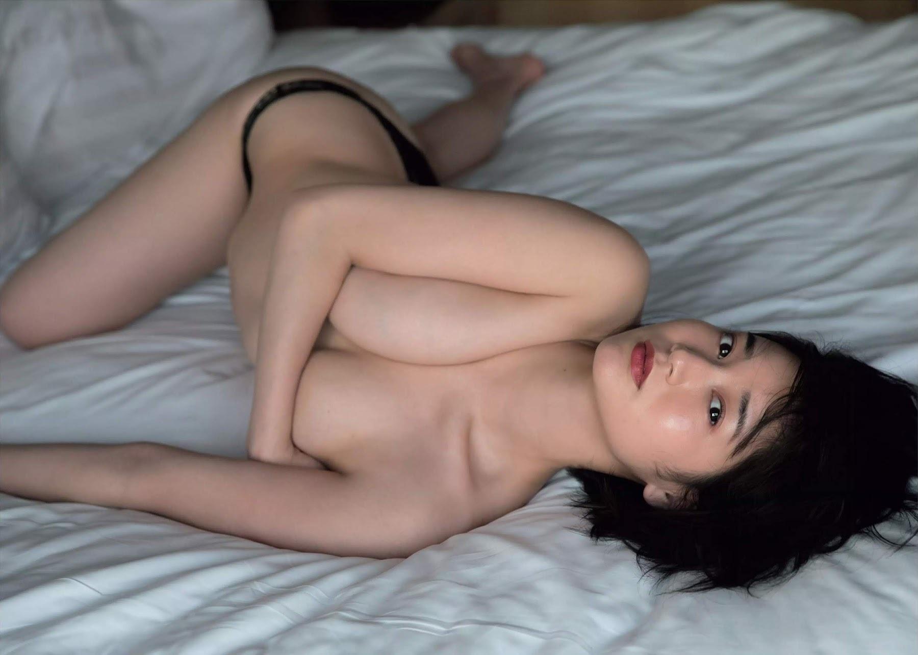 出口亜梨沙69