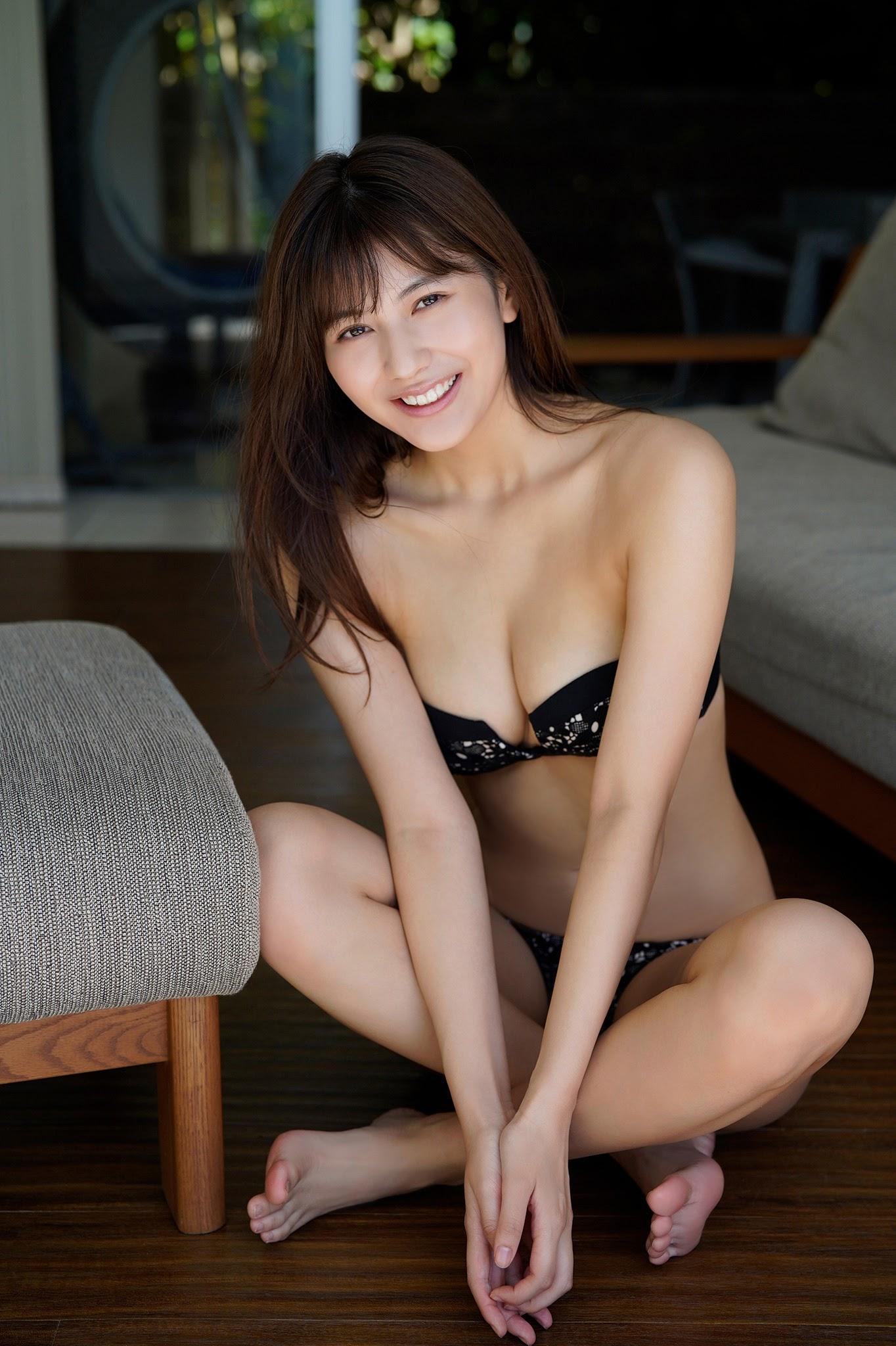 新井遥69