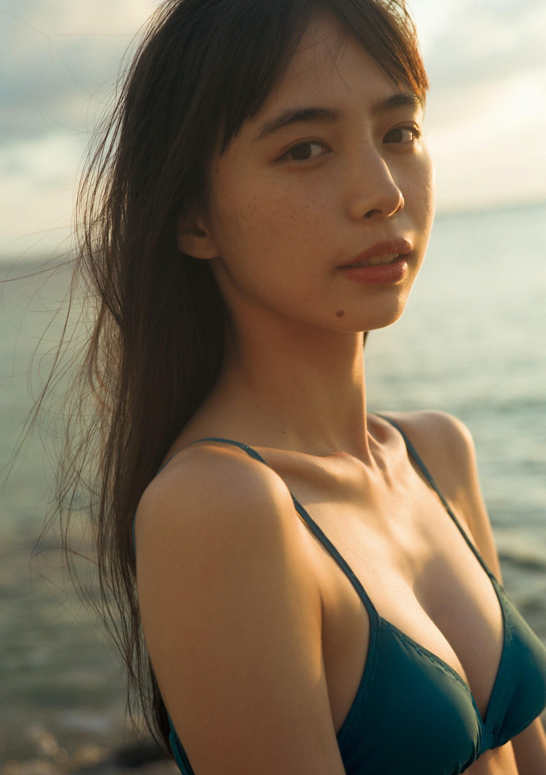 井桁弘恵192
