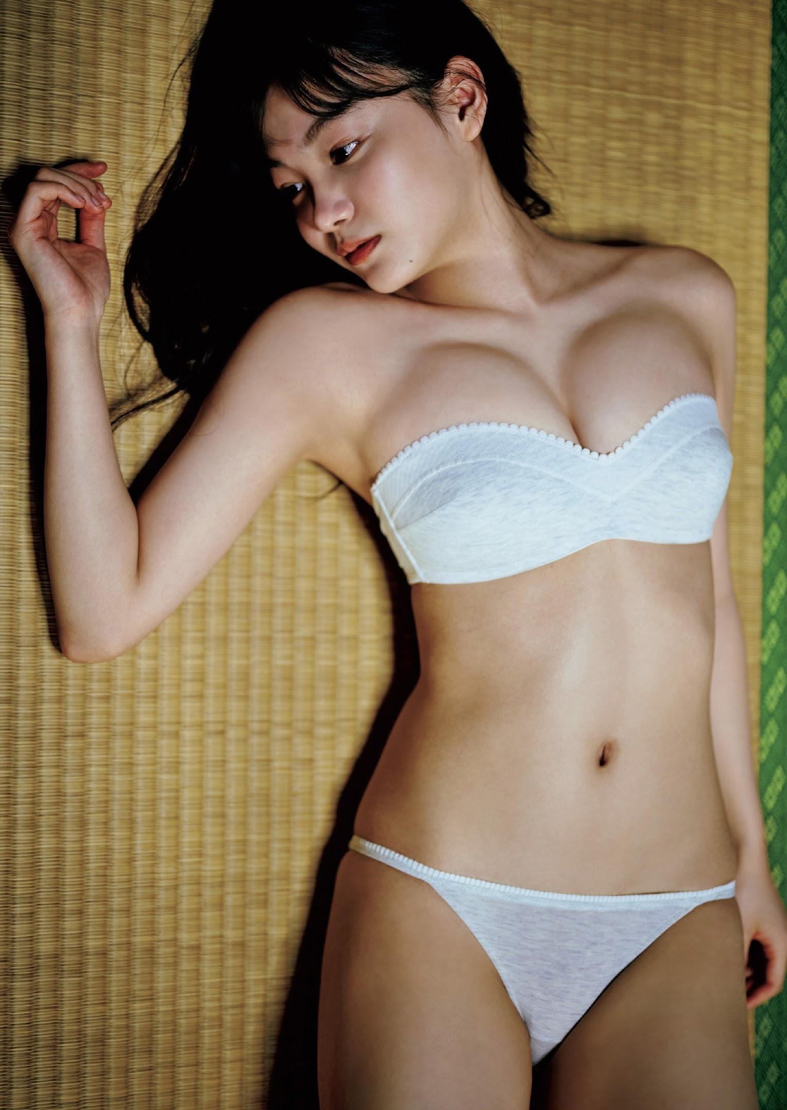 吉澤遥奈54