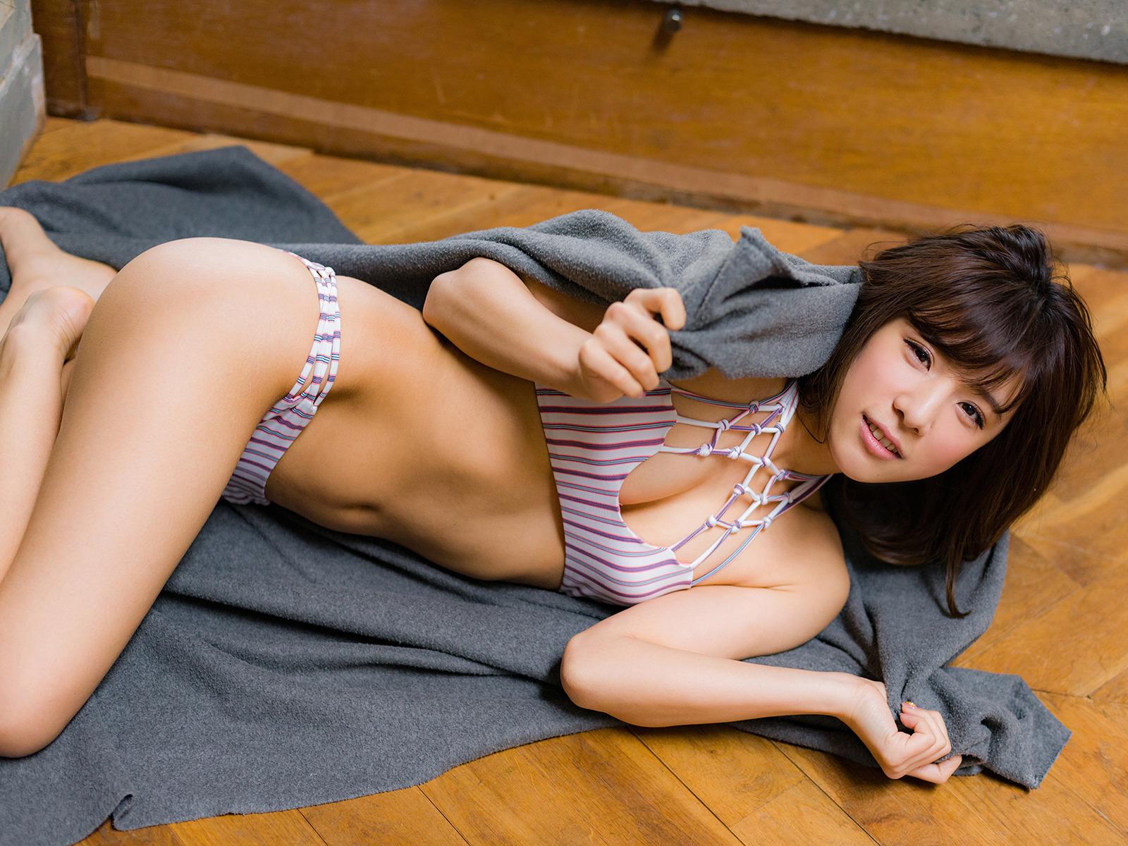 夏本あさみ79