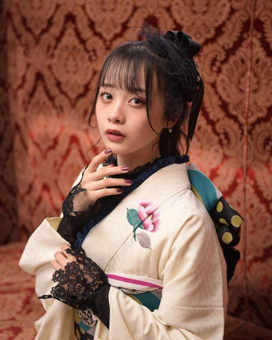 Yui Yokoyama 22