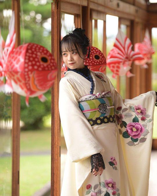Yui Yokoyama 25