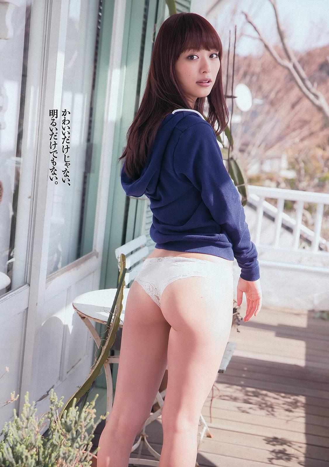 内田理央52