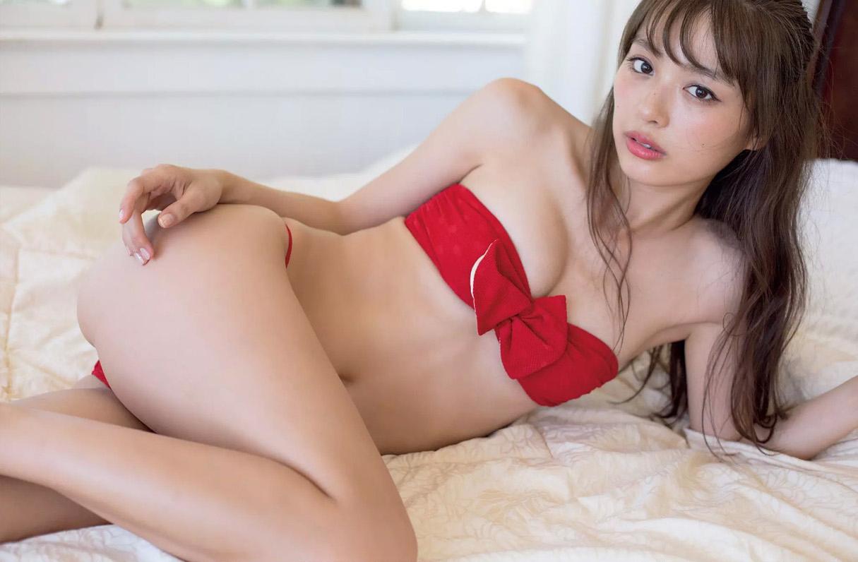 内田理央55