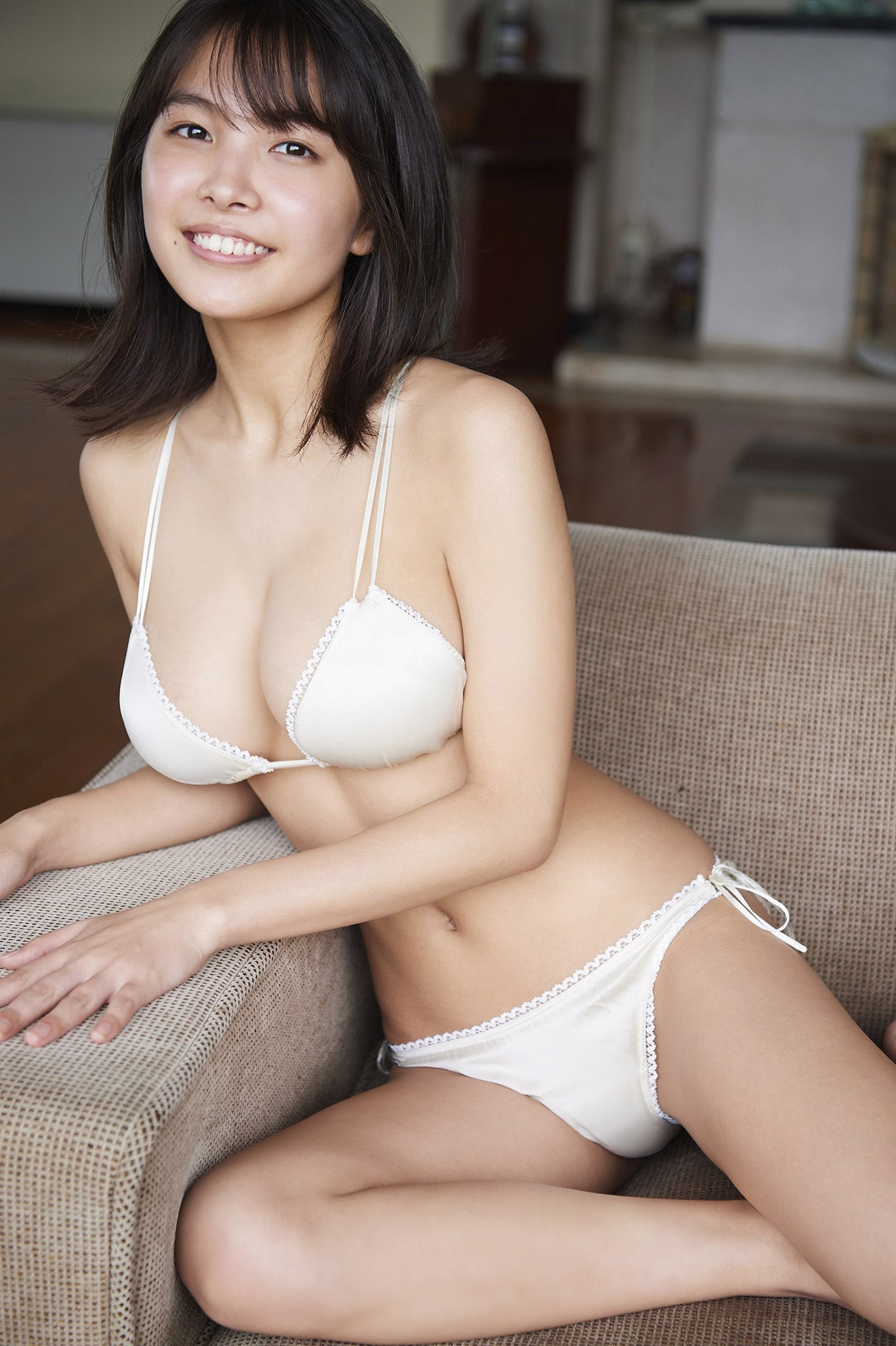 寺本莉緒54