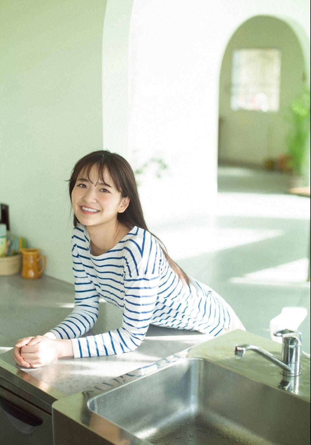 金川紗耶54
