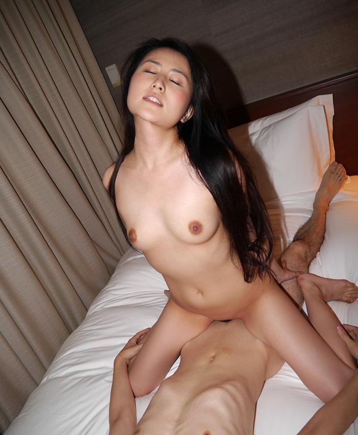 騎乗位 セックス エロ画像 33