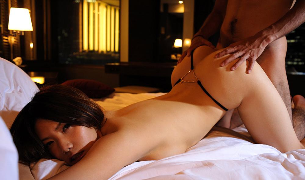 後背位 セックス 画像 30