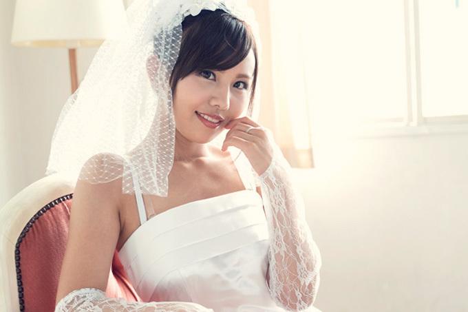 碧えみ 純白のウェディングドレス姿で乱れるお姉さん。