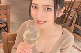 いきなり週刊誌表紙飾った現役慶應生美女・街山みほ、1stDVDで上裸に半ケツと大胆露出ww