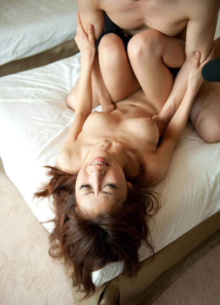 正常位 セックス 画像 38