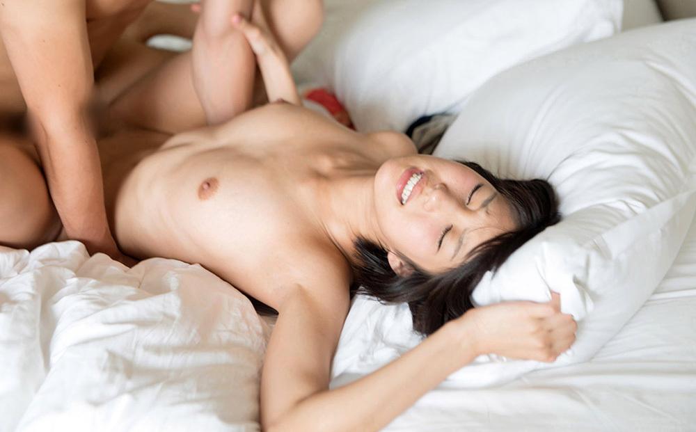 正常位 セックス 画像 12