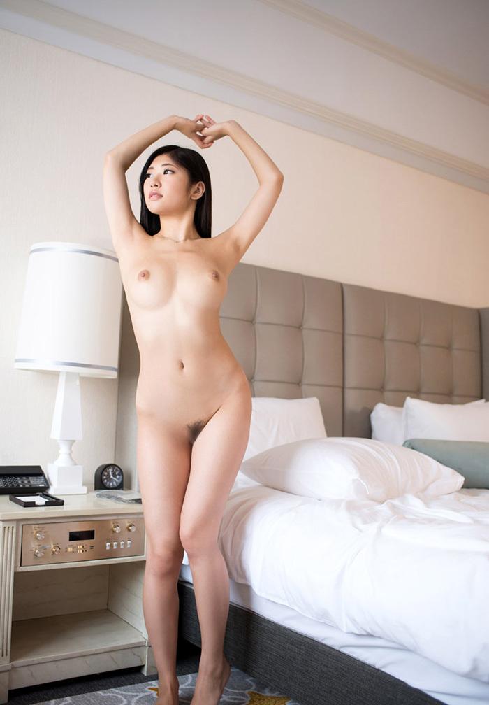 ヌード 全裸 画像 96