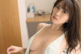 グラビア界SNSの女王 森咲智美が新作イメビでエロ過ぎるボディを見せまくってるぞ!