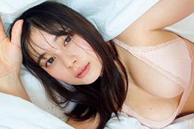 大久保桜子 グラマラスボディーの癒やし系ヒロイン