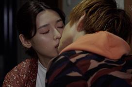 清純派若手女優・白石聖が『恐怖新聞』で強烈ディープキスを初披露wwwwwwwww