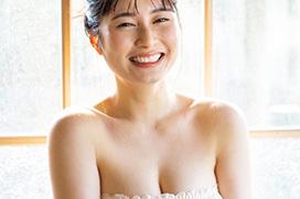 女優 大久保桜子の柔らかそうな白肌巨乳はええなあ