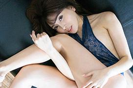 抜き過ぎ注意…エロエロお姉さん森咲智美のグラビア画像