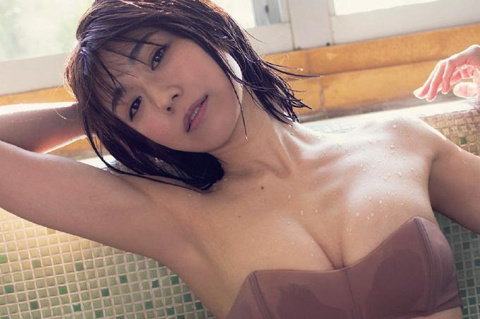 藤木由貴 初めての温泉グラビア。
