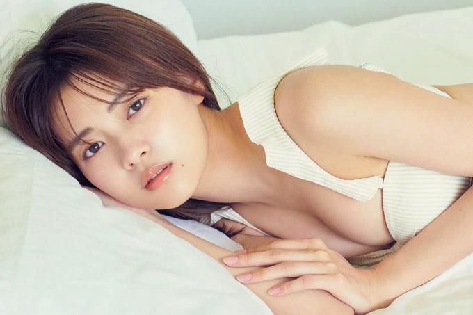 新條由芽 新進女優のセクシーキュート!