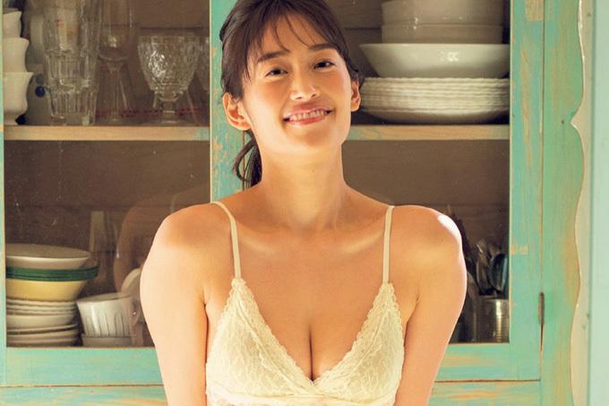 川口優菜 美しくセクシーに。