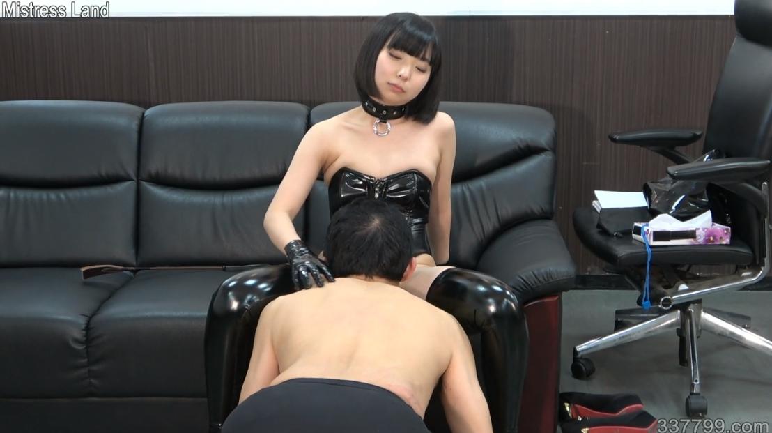 聖水 M男動画 ミストレスランド 女王様 MLDO-169 新人サドOLの上司奴隷化復讐計画 亜衣 舐め犬